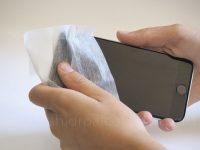 toallita hidroalcoholica higienizar o limpiar móvil